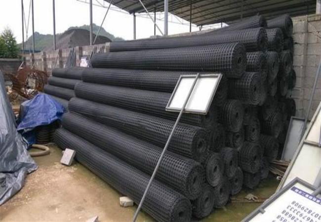 客户购买的双向塑料土工格栅产品展示(图)